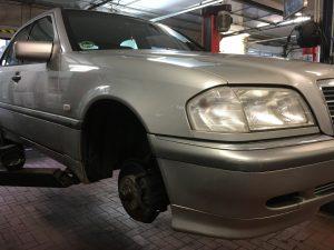 W202 Druckverlust im Reifen